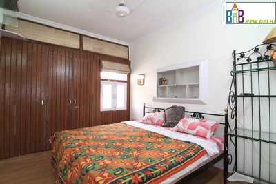 Budget Accommodation For Students Expats in Delhi